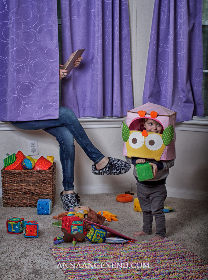 Mom-turns-chaotic-life-with-toddler-into-fun-photo-series.-18__880
