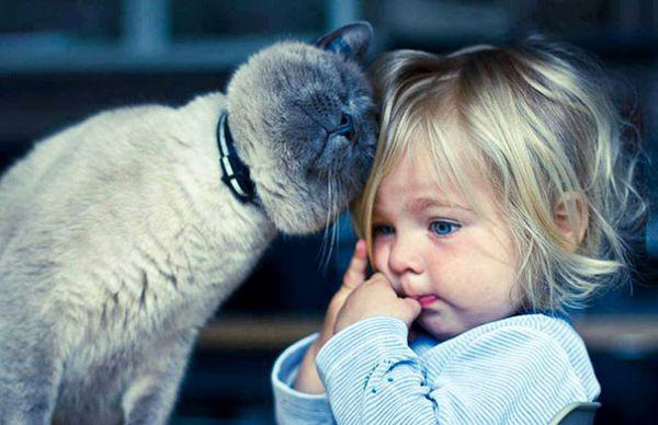 adorable-kids-with-their-cats-20-photos-4