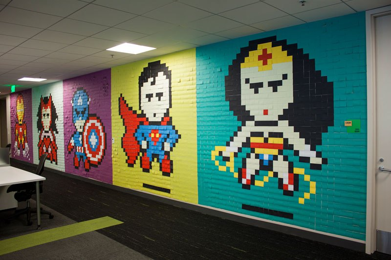 employee-uses-post-its-to-turn-drab-office-walls-into-giant-superhero-murals-14
