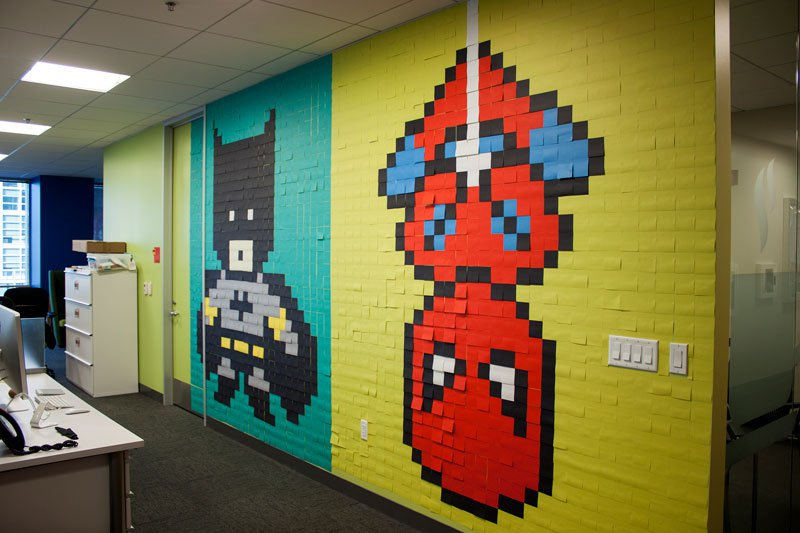 employee-uses-post-its-to-turn-drab-office-walls-into-giant-superhero-murals-19