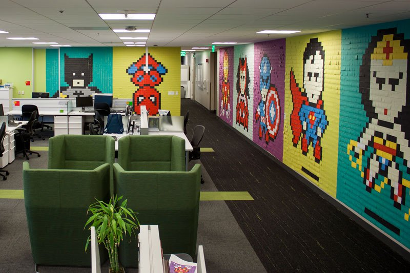 employee-uses-post-its-to-turn-drab-office-walls-into-giant-superhero-murals-20