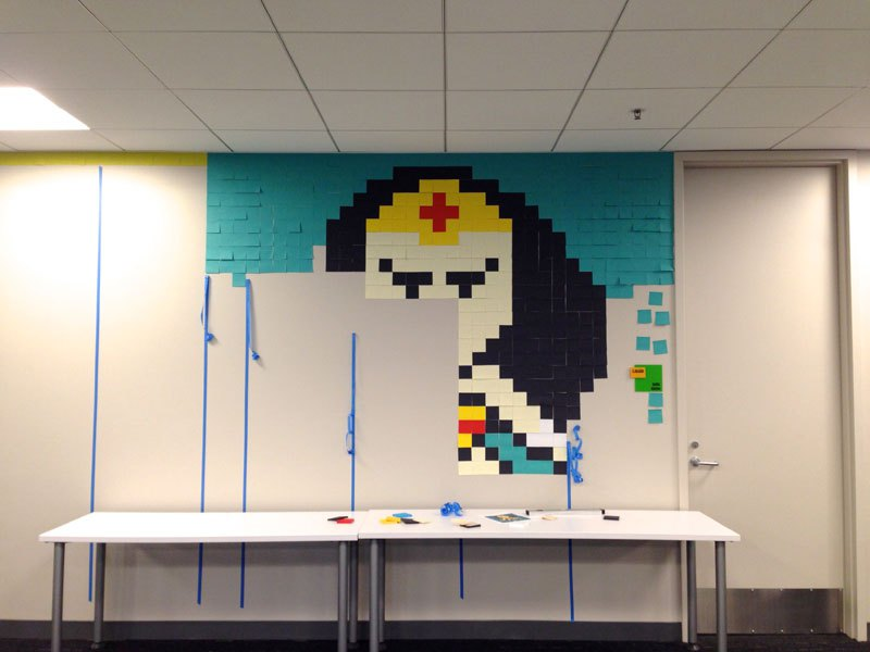 employee-uses-post-its-to-turn-drab-office-walls-into-giant-superhero-murals-6