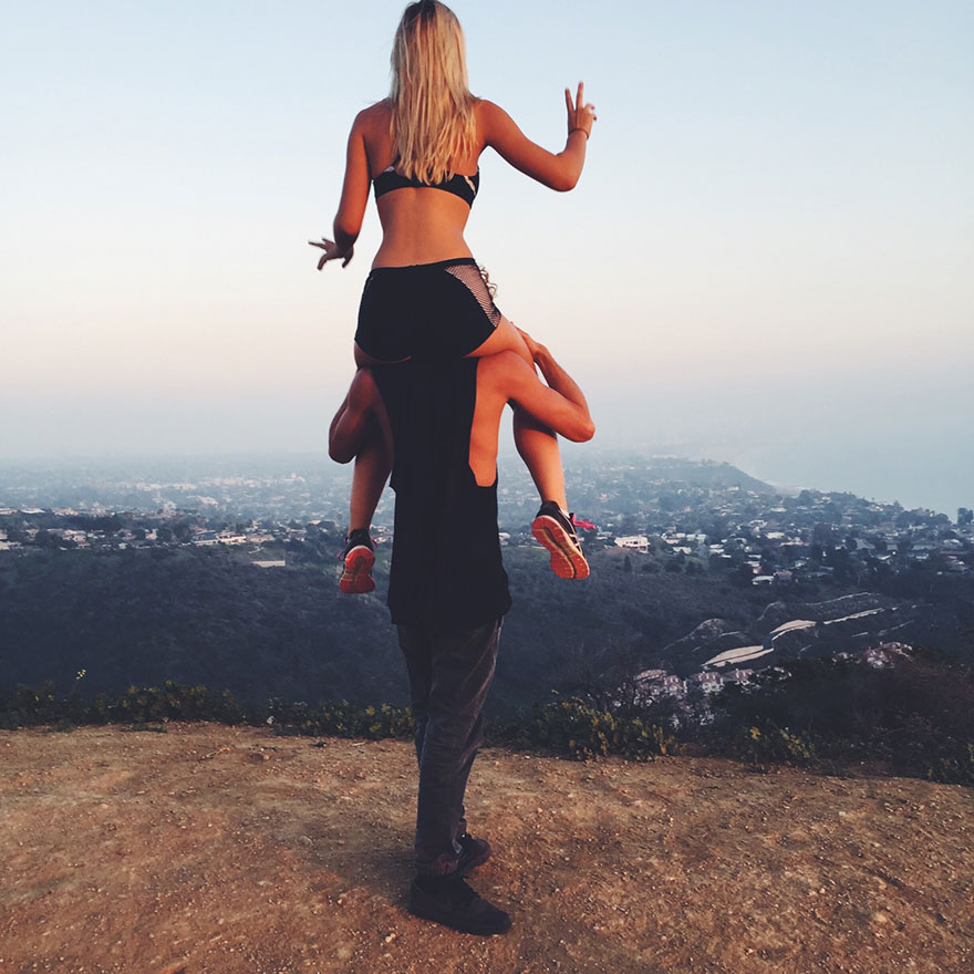 photographer-model-surfer-couple-travels-world-jay-alvarrez-alexis-ren-23