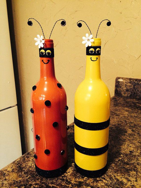 22-Bee-and-lady-bug-recycled-wine-bottles-600x800