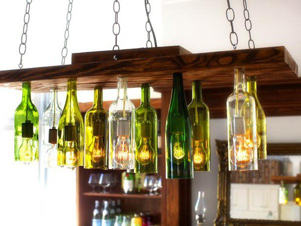 25-DIY-Chandelier-Out-Of-Wine-Bottles-600x450