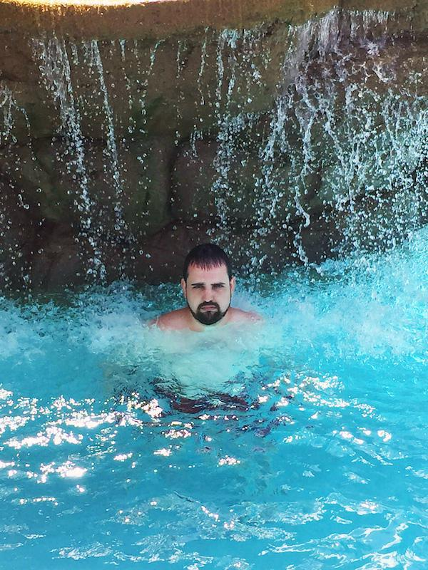 family-man-finally-gets-to-have-fun-in-puerto-rico-28-photos-23
