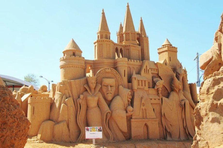 sand-sculpting-australia-new-6
