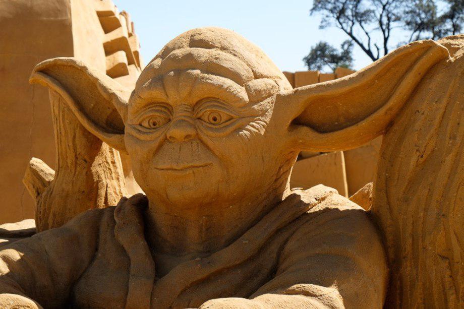 sand-sculpting-australia-new-8