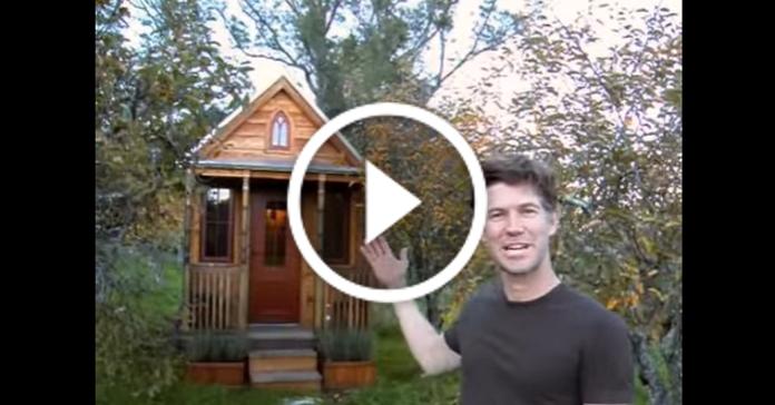 Бачили, як виглядає найменший будинок у світі? Дивіться відео-огляд