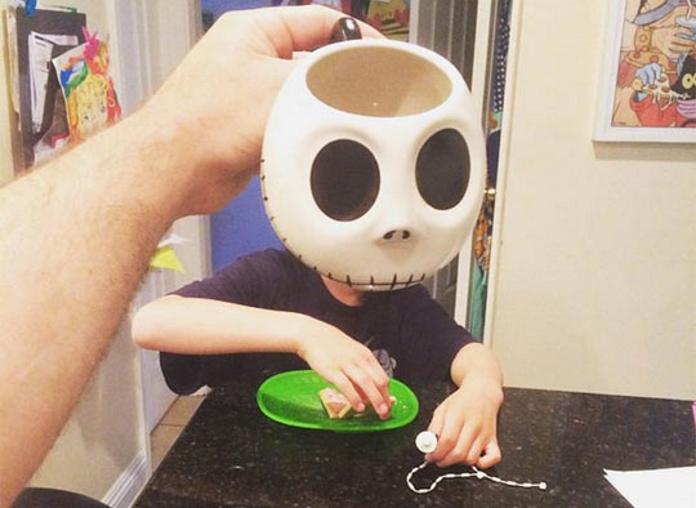 Ранкові жарти з чашкою кави