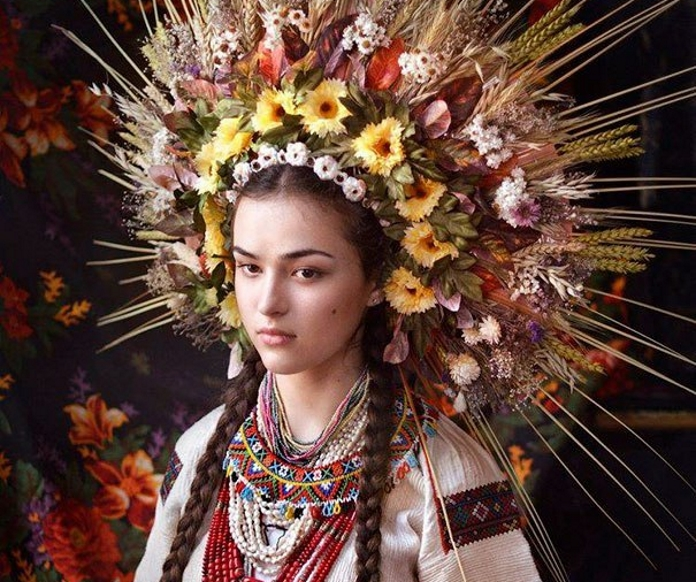 """Краса по-українськи від арт-майстерні """"Треті півні"""""""