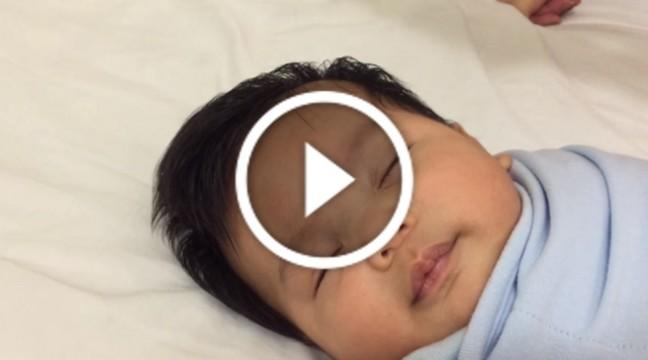Просто неймовірний спосіб вкласти дитину спати всього за 40 секунд. Ви будете вражені!