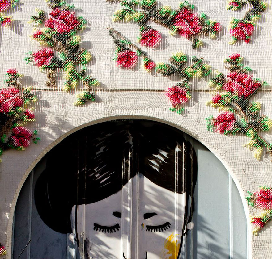 floral-cross-stitch-street-installations-raquel-rodrigo-10