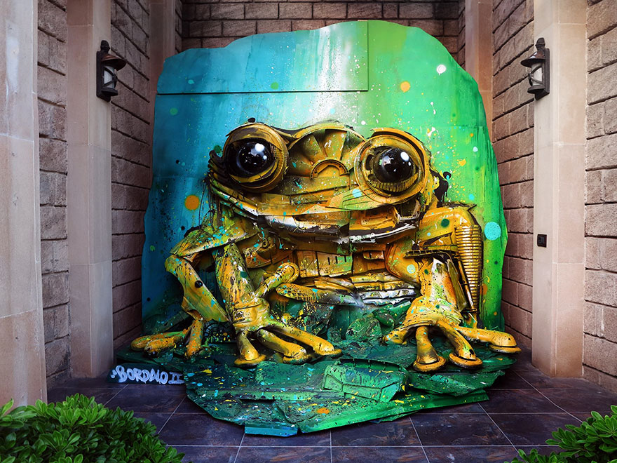 trash-animal-sculpture-artur-bordalo-1-57ea1b9f405a5__880