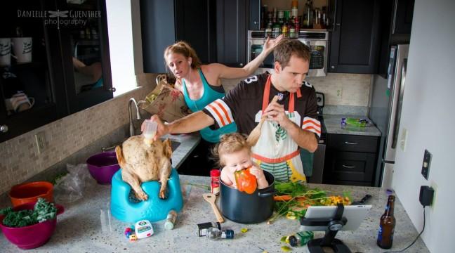 Як насправді виглядає сімейне життя (10 фото)
