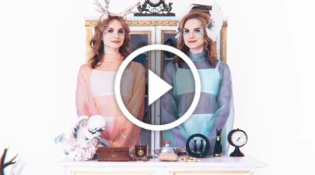 """Дует """"Анна-Марія"""" презентував святковий кліп до пісні """"Нехай буде сніг"""""""