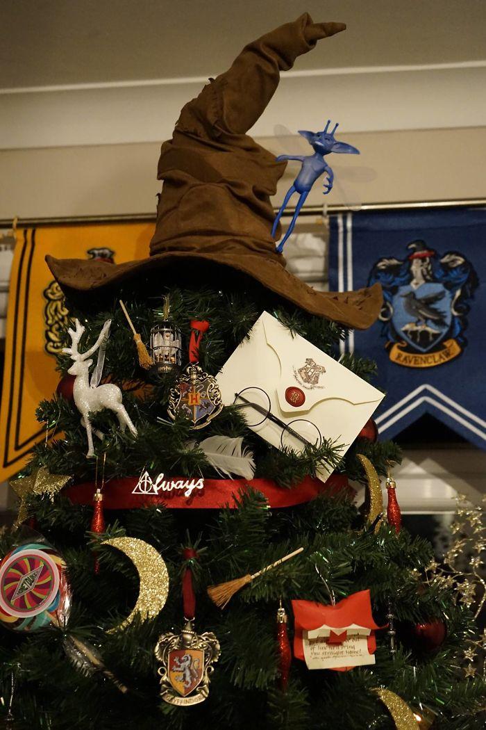 creative-christmas-tree-toppers02-584829bcecbd3__700