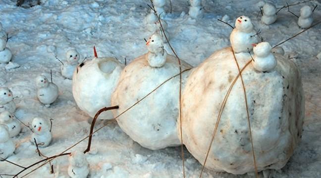 15 веселих і креативних сніговиків