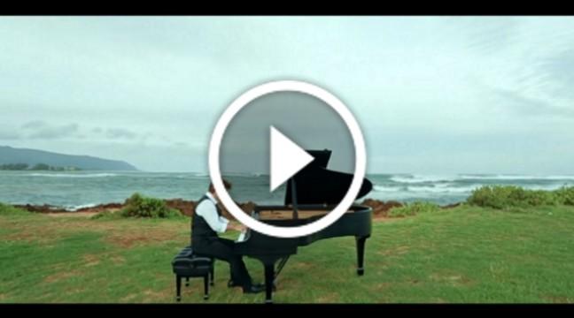"""Чудове виконання """"Щедрика"""" від піаніста Девіда Хікена"""