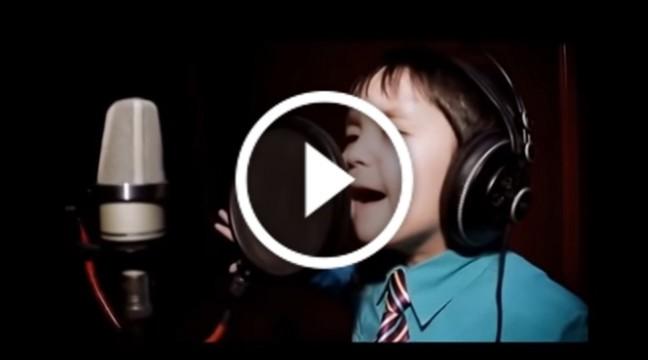 """I Will Always Love You "" у виконанні 6-річного хлопчика"