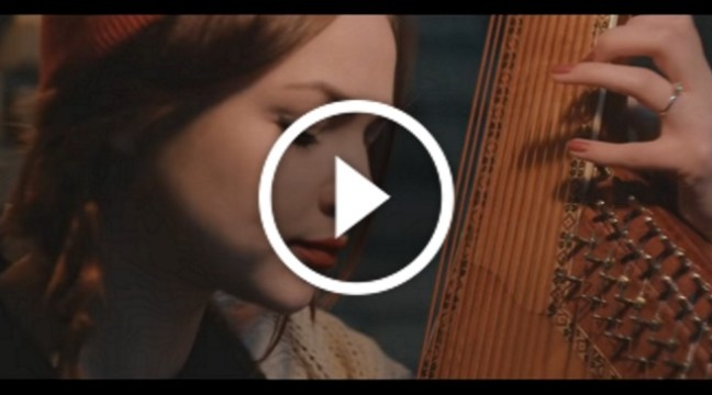 """Дивовижне виконання пісні Скрябіна """"Спи собі сама"""" від бандуристки Марини Круть"""