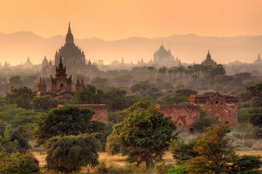 289355-fairy-tales-bagan-myanmar-ruins-1000-1e7b77c339-1480946984