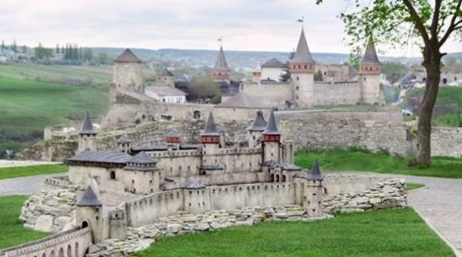 У Кам'янці-Подільському відкрився музей мініатюрних замків