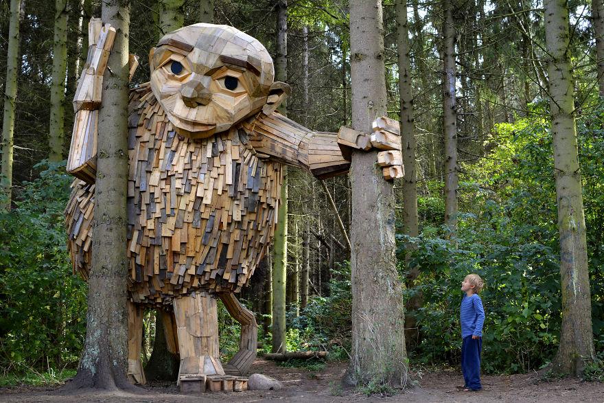 I-created-6-hidden-giants-to-showcase-the-beautiful-nature-outside-of-Copenhagen-58fdb33d6cd90__880