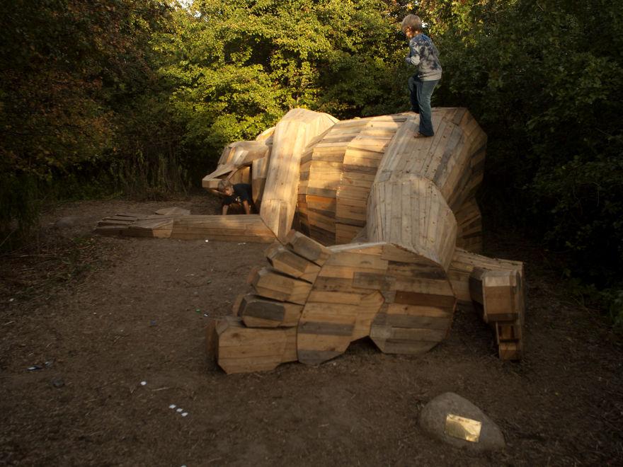 I-created-6-hidden-giants-to-showcase-the-beautiful-nature-outside-of-Copenhagen-58fdf621b51e2__880