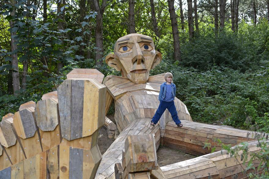 I-created-6-hidden-giants-to-showcase-the-beautiful-nature-outside-of-Copenhagen-58fe064a7307c__880